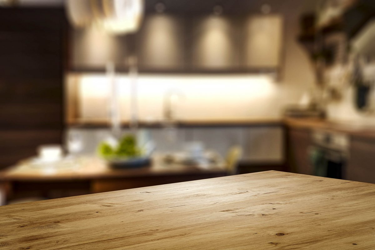 Le retour du bois dans les cuisines : quels bois pour quels styles ?